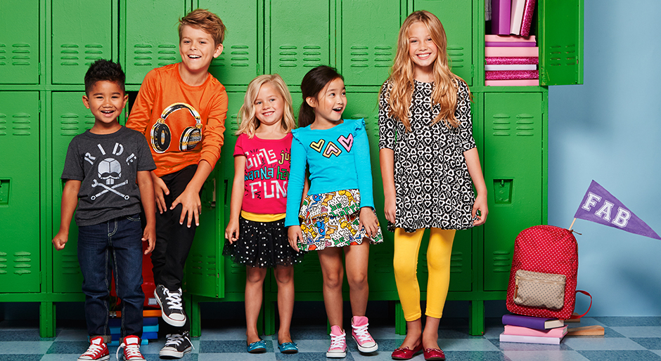 Kids in front of lockers