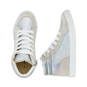 FabKids Shoes Pieced Holographic High Top Sneaker Girls Silver Size T9 Add some shine to her wardrobe with our new high top sneakers! Featuring pieced holographic material. Smaller sizes 7-12 have elastic laces for easy pull on and go.