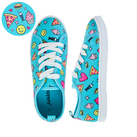 FabKids Shoes Emoji Lace Up Sneaker Girls Blue Size 05 These classic everyday sneakers will be your little one's new go-to shoe! Featuring cushioned insole for extra comfort! Smaller sizes 7-12 have elastic laces for easy pull on and go.