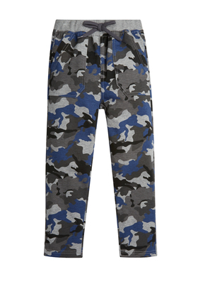 FabKids Jeans & Pants Blue Camo Relaxed Pant Boys Camo Print Size XXS These cool and comfy pants are perfect for casual days! Complete with two kanga pockets, back pockets, easy elastic waistband, and faux drawstring detail.