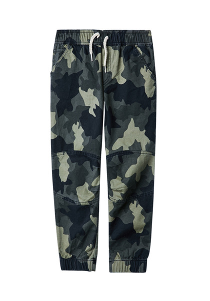 FabKids Jeans & Pants Woven Pieced Jogger Boys Green Camo Size XXS Comfy and stylish woven pant with side pockets, elastic waistband and cuffed pant legs. Loose fit around hips and skinny at ankle.