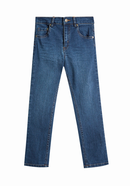 FabKids Jeans & Pants Skinny Jean Boys Medium Wash Size 07 These medium wash jeans are a wardrobe staple and a new option for him to pair back to our awesome tees! Comfy true stretch denim complete with snap closure and zip fly. Adjustable waist in sizes 2-5.