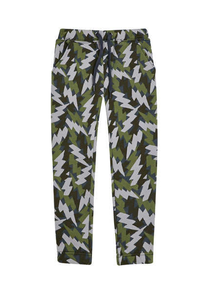 FabKids Jeans & Pants Camo Lightning Jogger Boys Green Camo Size XXS Comfy and stylish all over print knit pant with side pockets, elastic waistband and cuffed pant legs. Loose fit around hips and skinny at ankle.