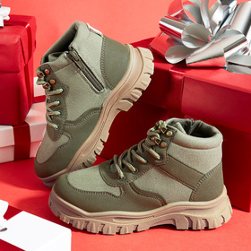 Photo of Hiking Boot Sneaker