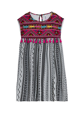 FabKids Dresses Tassel Print Dress Girls Beige Size XXS She will love this mix print boho dress! Featuring tassels along the chest and a baby doll silhouette that is thrown on easy. Perfect for multiple occasions, from playwear to school.