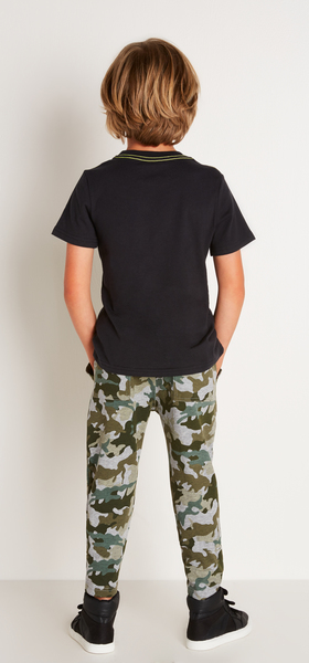 Camo Master Outfit