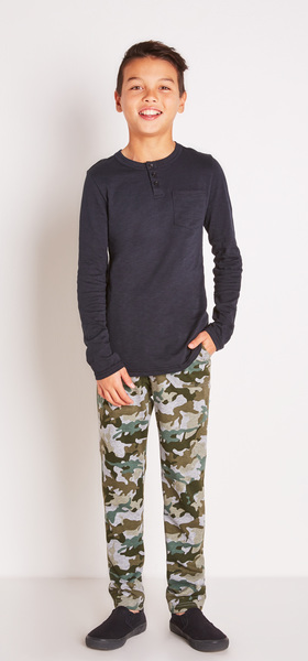 Black Pocket Henley Outfit