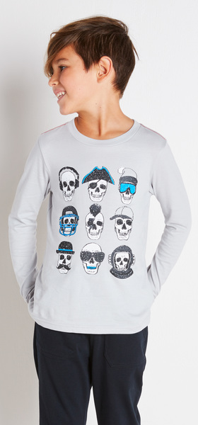 The Skull Graphic Outfit