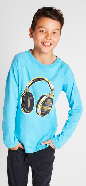 The Rockin' Headphone Outfit