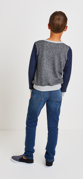 Colorblock Sweatshirt Denim Outfit