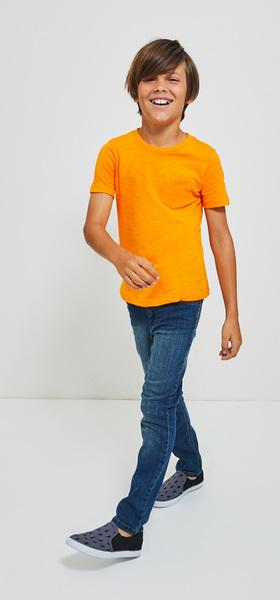Basic Pocket Tee Denim Outfit