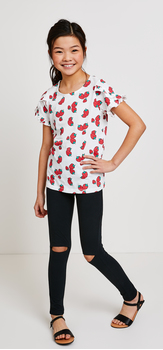 Strawberry Tee Split Knee Outfit