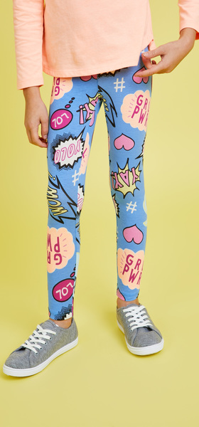 Comic Graphic Outfit