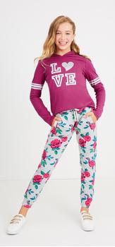 Rad Romance Outfit